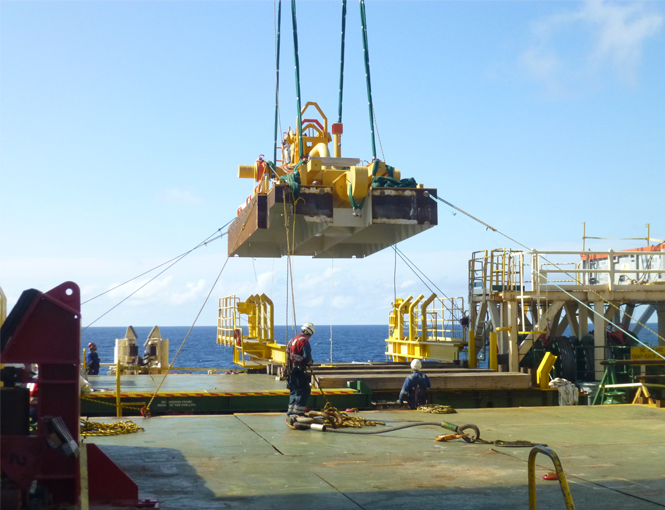 FLET safely lifted on board of the installation vessel