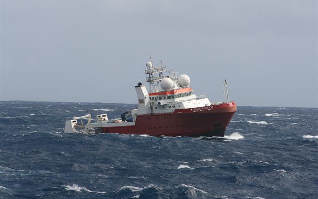 Fugro Equator operating in the search area in the southern Indian Ocean. Source: ATSB, photo by Justin Baulch