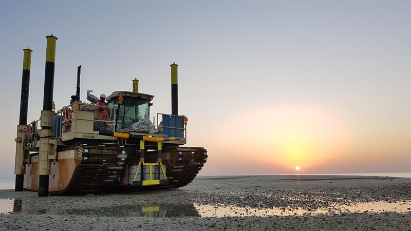 Fugro amphibious buggy at Hail field UAE